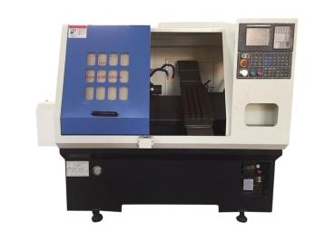 浅析千达的CNC数控车床厂家的使用规范